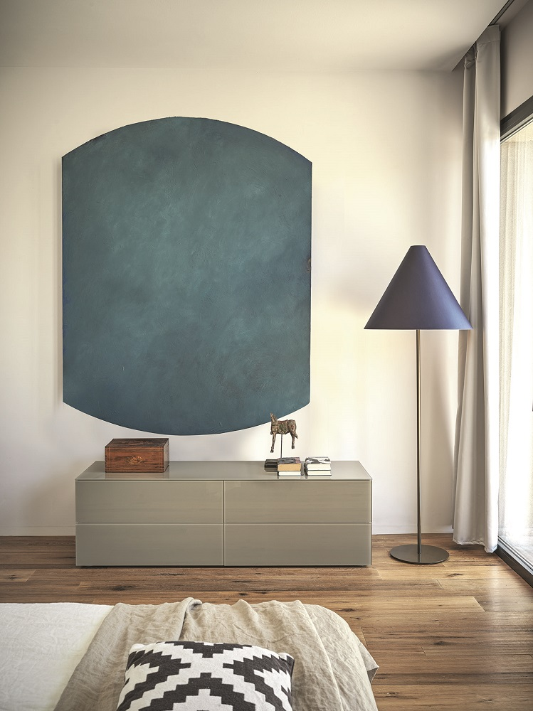 Enea sideboard and Strega floor lamp