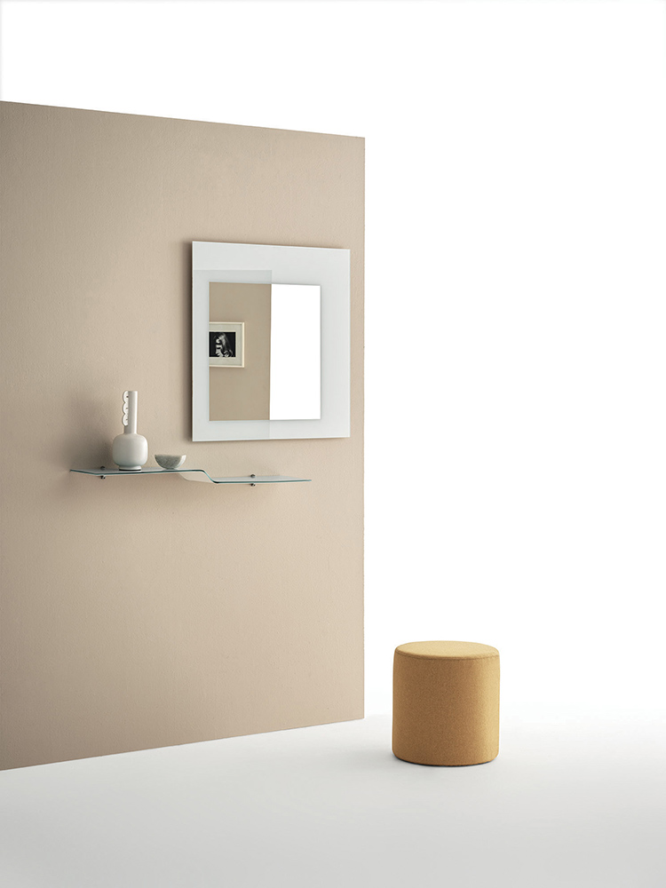 Square mirror with crystal frame